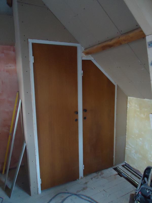 Slaapkamer wandkasten dressoir portofino de meubelgigant van nederland slaapkamer met - Salontafel naar de slaapkamer ...