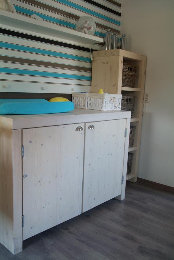 Hugo verstappen bouw en timmerbedrijf echte robuuste jongens babykamer met comode en wiegje - Jongen babykamer ...